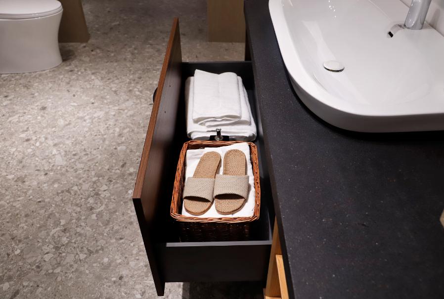 浴室柜买什么牌子好